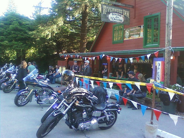 Riverwood Inn – fb – bikes